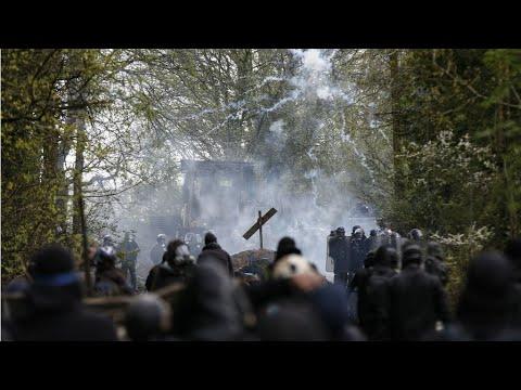 فرنسا: صدامات بين متظاهرين وقوات الأمن في مدينتي نانت ومونبلييه  - 11:23-2018 / 4 / 16