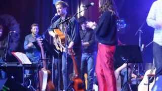 """Arthur Darvill and Friends perform """"No Diggity"""" at the Highline Ballroom, 12/16/13 Resimi"""