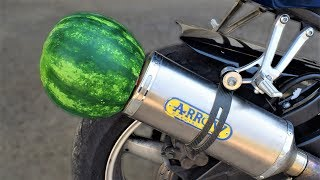 EXPERIMENT WATERMELON ON MOTORCYCLE EXHAUST