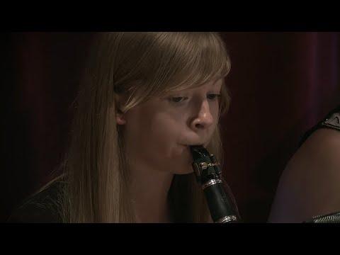 Georges Bizet - Carmen Suite No.1 カルメン mp3