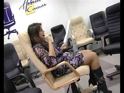 Обзор компьютерного кресла LEO A Black - YouTube
