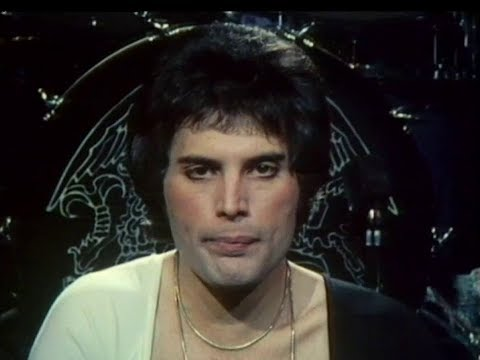 Queen - We Are The Champions (TOTP Video With Colour Intro) - Official Music Video (High Quality)