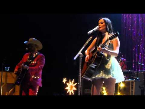 Kacey Musgraves - Late to the Party With You
