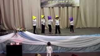 Китайские дети радуются Воскресению Христа