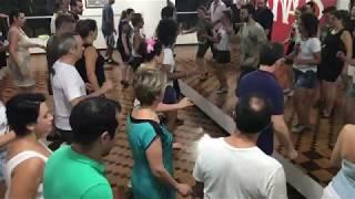 Aula de Samba No Pé