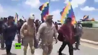 Varios militares se suman a las protestas en Bolivia