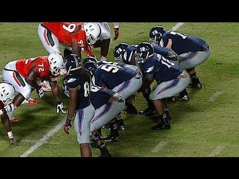 FAU Spikes Ball On 4th Down Vs Miami | ACCDigitalNetwork