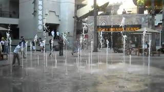 Water Fountains At Hollywood/highland Center