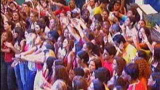 Adriana Partimpim - Fico assim sem você  ao vivo estacao globo 24 12 06
