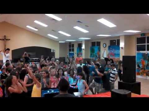 St Lawrence Middle School Harlem Shake With DJ Papi (4-19-13)