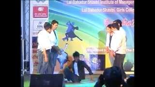 Gambar cover Dancing BOYS Part1.vob