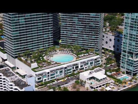 Paraiso Bay Townhouse In The Heart Of Miami, Florida -- LPG