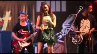 Video Lagu Galau - Lintang ZELINDA Dangdut Hot Koplo Terbaru 2016 Live THR Sriwedari Solo download MP3, 3GP, MP4, WEBM, AVI, FLV Oktober 2017