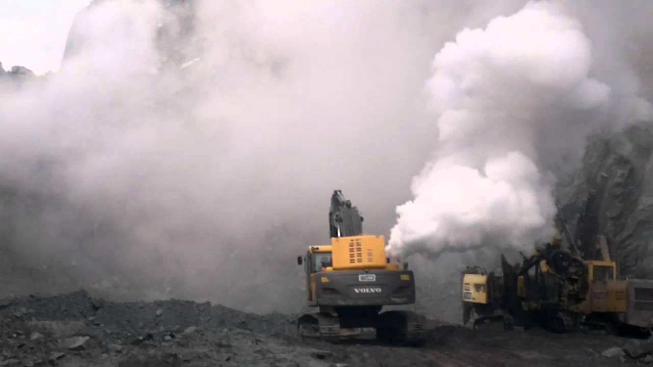 Volvo 290 excavator with turbo failure - YouTube