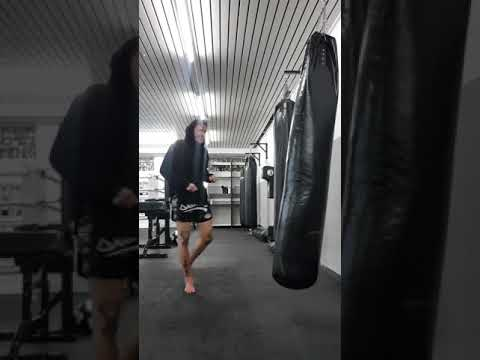 Michael Braun tkd - happy kicks