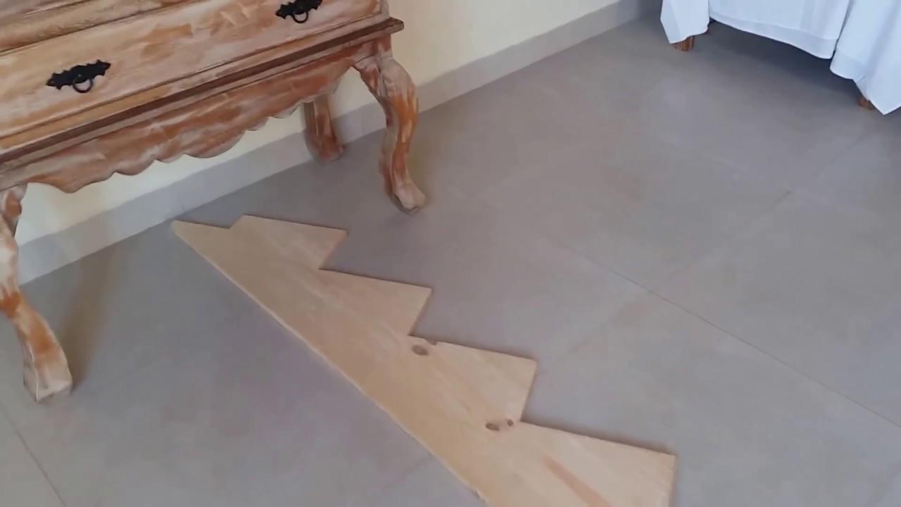 Inicio Projeto 2 Com Mão Franceza Uma Escada Com Patamar De Madeira