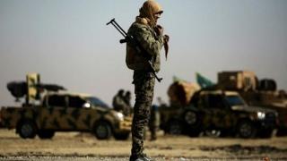 قوات سوريا الديمقراطية تستعيد السيطرة من الجهاديين على مطار الطبقة