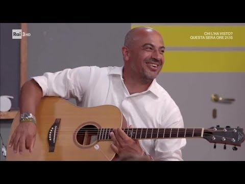 L'esibizione musicale di Gianluigi Paragone - Alla lavagna! 12/12/2018