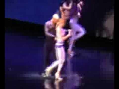 18. (Erotica)You Thrill Me - Confessions Tour Live In Paris,
