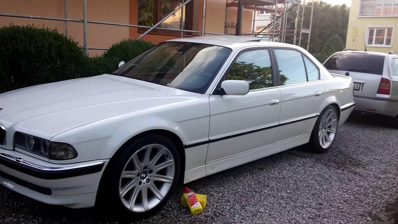 E38 740i White