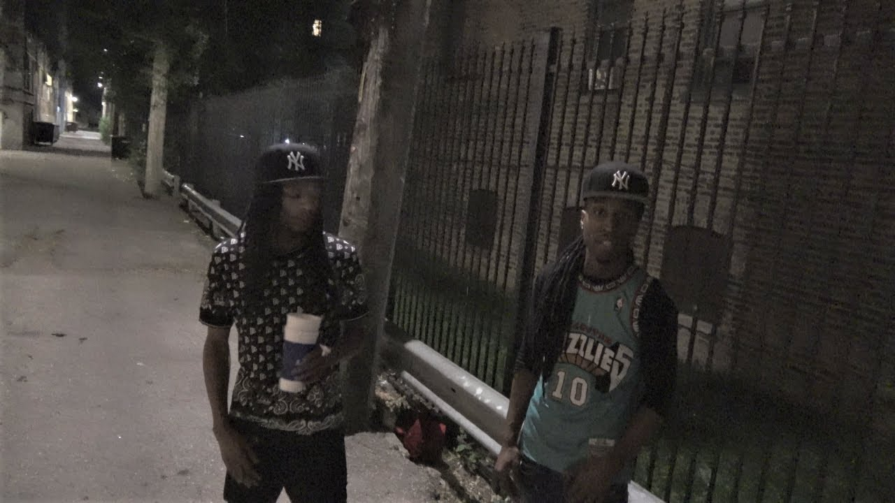 Download CHICAGO MOST VIOLENT GANG AREA AT NIGHT/ HOOD INTERVIEW