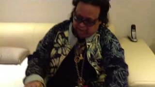 Music Director Bappi Lahiri Plays Guru Soundz.com harmonium.
