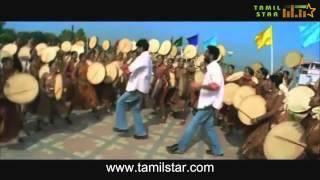 Actor Vijay danced in hindi movie