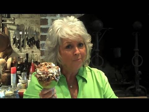 Paula Deen Makes Caramel Apples