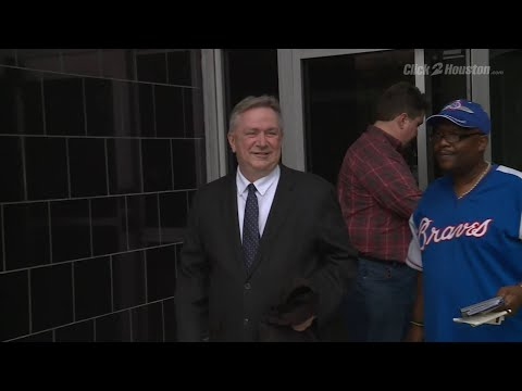Former congressman Steve Stockman speak to Channel 2