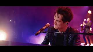 Panic! At The Disco - Movin' Out (Anthony's Song) [Live] (from the Death Of A Bachelor Tour) Video