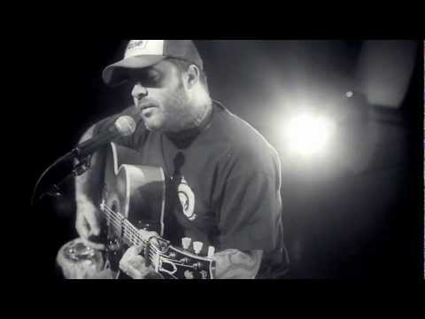 "Aaron Lewis - ""Endless Summer"" (Official Live Video)"