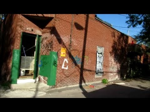 (LANGUAGE) BACK ALLEYS BIKE RIDE IN MONTREAL'S HOCHELAGA BOROUGH - 09-12-18