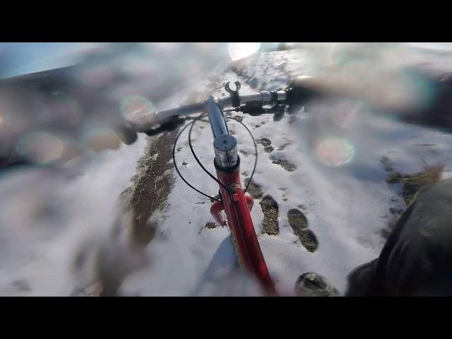 Aventuri pe bicicleta : Cu bicicleta pe zapada in Siria