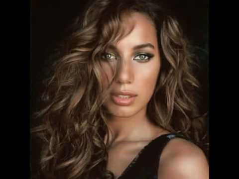 Leona Lewis - A Moment Like This (single)