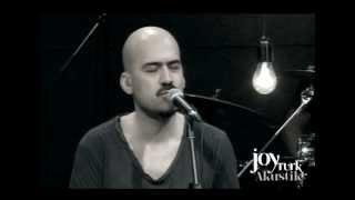 Download Toygar Işıklı - Korkuyorum (JoyTurk Akustik) MP3 song and Music Video
