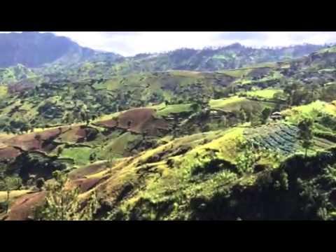 Haiti's majestic mountains / kenscof