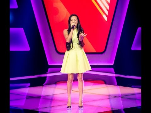 "Stéffany Laura canta ""Primavera"" no The Voice Kids - Audições