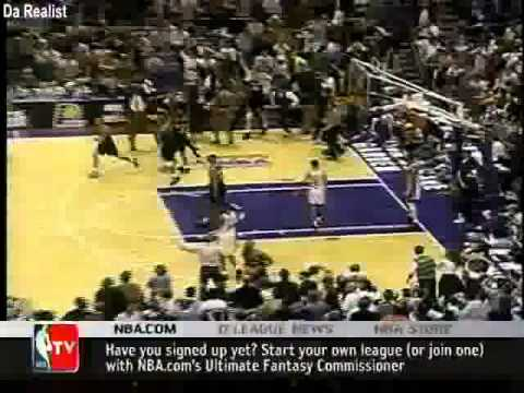 Patrick Ewing missed lay-up in game 7 (1995)