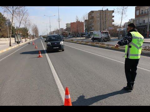 Trafik Polisleri Sürücülere Göz Açtırmıyor