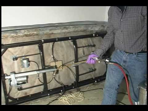 Apply Insecticide Spray To Kill Bed Bugs Youtube