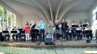 Mikkel Abildgard och Västerviks Storband - Bad, Bad Leroy Brown