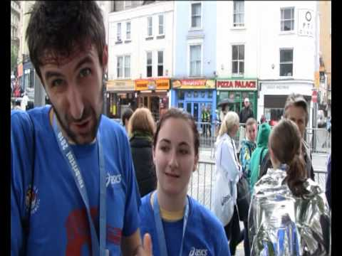 Mark Watson runs the Bristol Half Marathon 2010