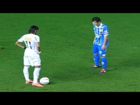 Neymar ● Jugadas Más Locas ● Crazy Skills & Tricks | Santos FC