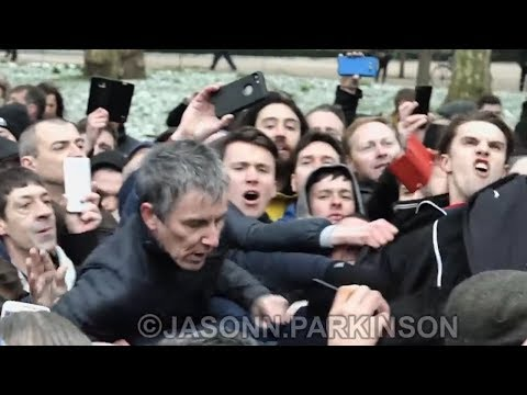 TOMMY ROBINSON FANS ATTACK VETERAN FOR FREE SPEECH - speakers corner