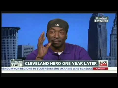 "Charles Ramsey ""Dead Giveaway"" Interview with Jake Tapper (May 7, 2014)"