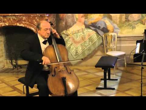 Cello Suite No.1 - Menuet (Bach BWV 1007) Miklós Perényi