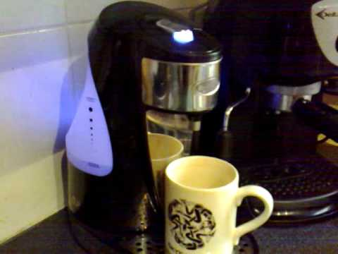 breville one cup auto kettle youtube. Black Bedroom Furniture Sets. Home Design Ideas