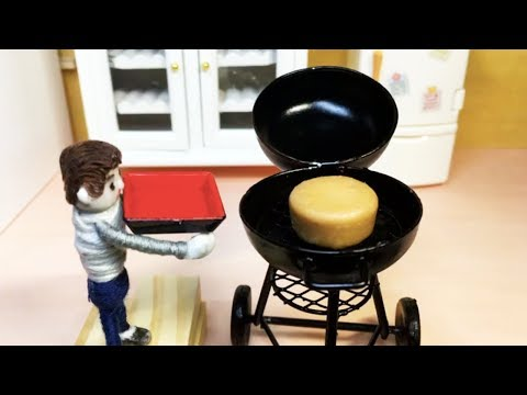 Miniature BBQ! Baked the candy. A stop motion mini cooking.