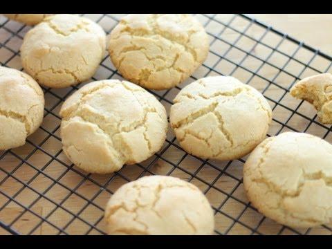 how-to-make-easy-sugar-cookies-|-simply-bakings