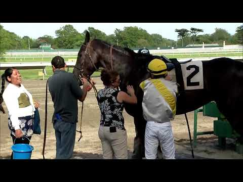 video thumbnail for MONMOUTH PARK 5-18-19 RACE 9